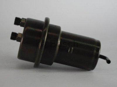Tlak paliva, přívodní palivový systém 0 438 170 004